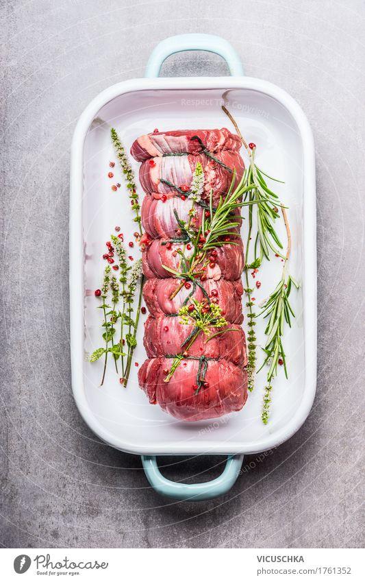 Roastbeef mit Kräutern und Gewürzen Gesunde Ernährung Foodfotografie Stil Lebensmittel Design Tisch Kräuter & Gewürze kochen & garen Küche Bioprodukte