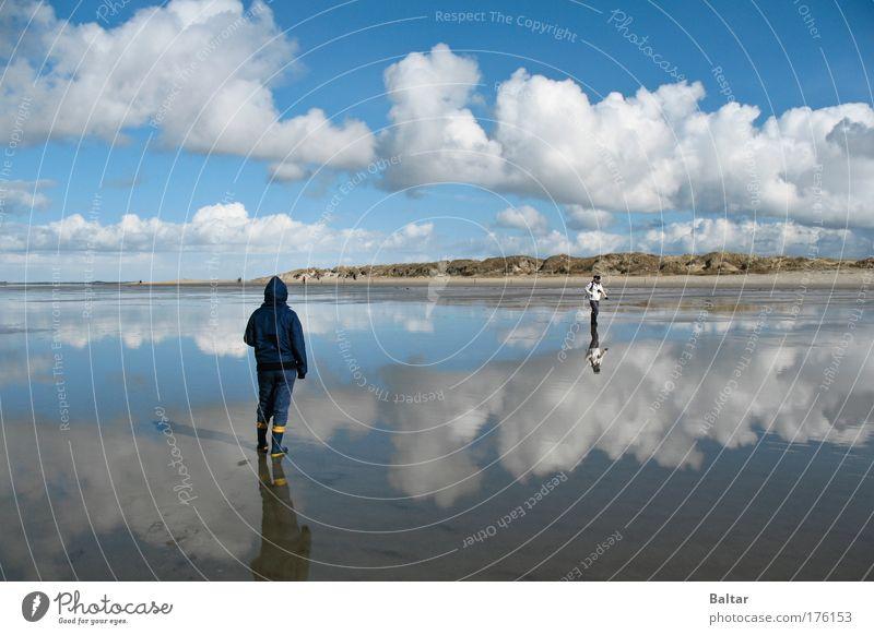 Mirrorbeach Mensch Wasser Himmel weiß blau Strand ruhig Wolken Erholung Freiheit Landschaft Zufriedenheit Stimmung Küste Horizont