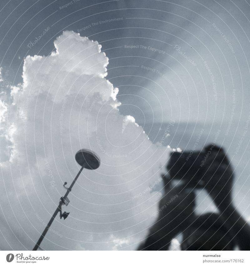 dem Sonnengott auf der Spur Himmel Natur schön Hand Wolken Ferne Glück Kunst Stimmung Beginn genießen Straßenbeleuchtung entdecken Lautsprecher Antenne UFO