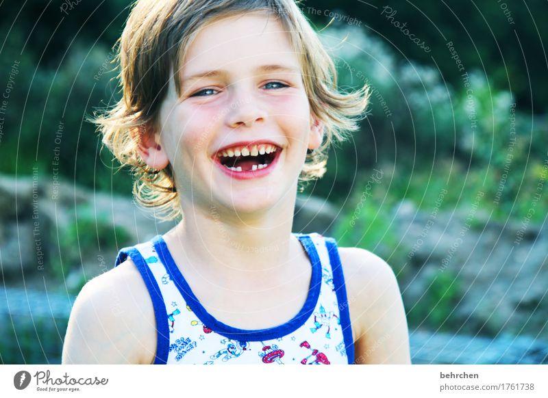 nächstenliebe | ein lachen für alle! Mensch Kind Sommer schön Freude Gesicht Auge Liebe Junge Familie & Verwandtschaft Glück Haare & Frisuren Kopf Zufriedenheit