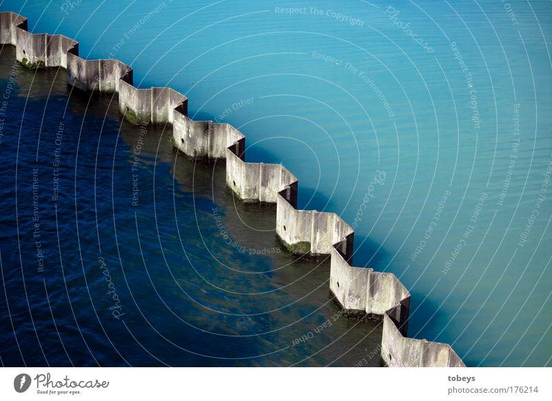 Tinte blau Wasser außergewöhnlich Linie dreckig Fluss Rohstoffe & Kraftstoffe Teilung Grenze Trennung Erdöl fließen Gegenteil Eingriff separat Bewegung