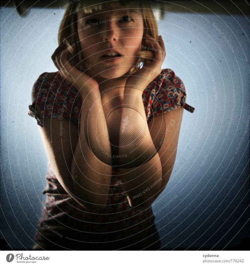 Hörprobe Frau Mensch Himmel Jugendliche schön ruhig Erwachsene Leben Gefühle Freiheit Traurigkeit träumen Zeit elegant Kommunizieren 18-30 Jahre