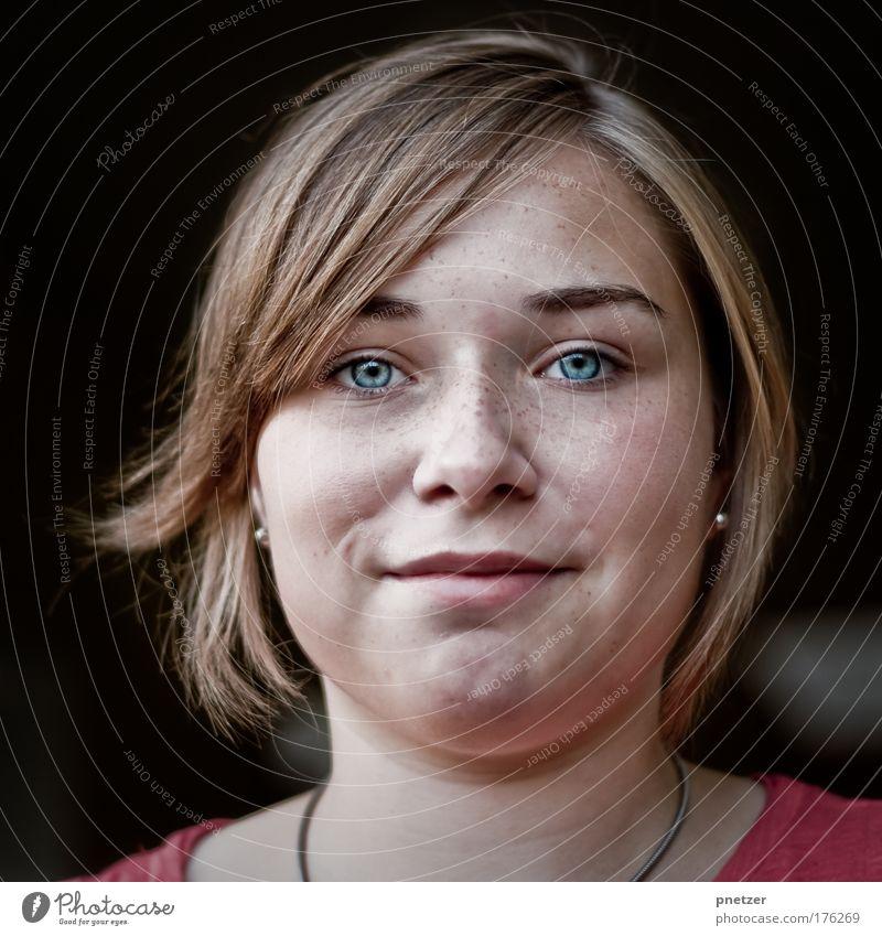 Hannah Mensch Jugendliche blau Freude Gesicht Auge feminin Gefühle Kopf Haare & Frisuren Glück lachen Frau Zufriedenheit Freizeit & Hobby