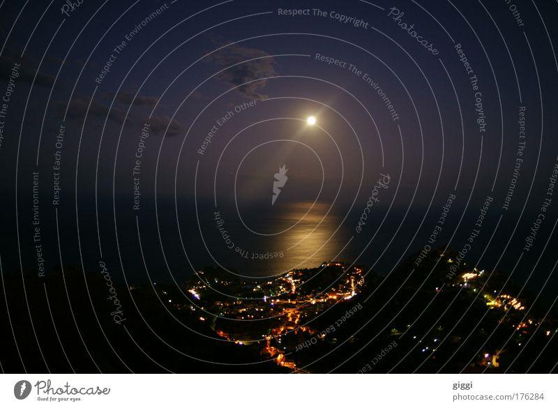 Taormina @ night Himmel Natur Strand Meer Wolken Ferne Ernährung Freiheit Landschaft Erde Küste Stimmung Stern Insel groß Hafen