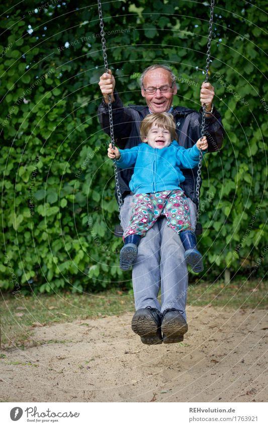 bester opa | schaukelt Mensch Kind Natur Mann Freude Erwachsene Umwelt Senior lustig Junge Spielen lachen Glück außergewöhnlich Zusammensein maskulin