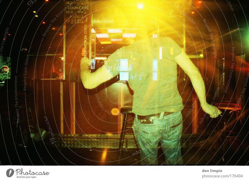 boogie woogie Farbfoto Innenaufnahme Kunstlicht Blitzlichtaufnahme Licht Gegenlicht Langzeitbelichtung Bewegungsunschärfe Schwache Tiefenschärfe