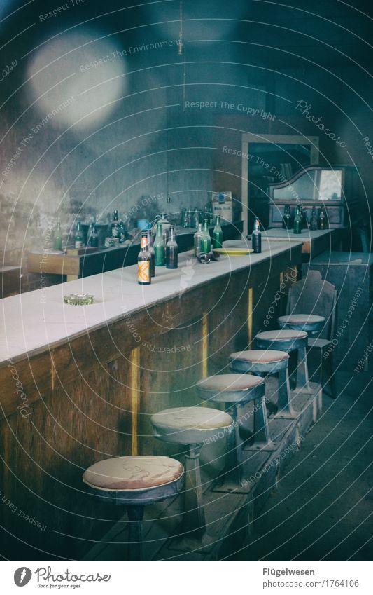 Wild Wild West Saloon Bier Wein Spirituosen Wilder Westen Western Westernstadt Geisterhaus Geisterstadt USA Amerika ausgestorben Menschenleer Einsamkeit
