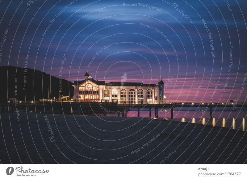 Sellin Himmel Strand Ostsee Haus Burg oder Schloss Sehenswürdigkeit ostseebrücke Rügen mehrfarbig Farbfoto Außenaufnahme Menschenleer Nacht Kunstlicht