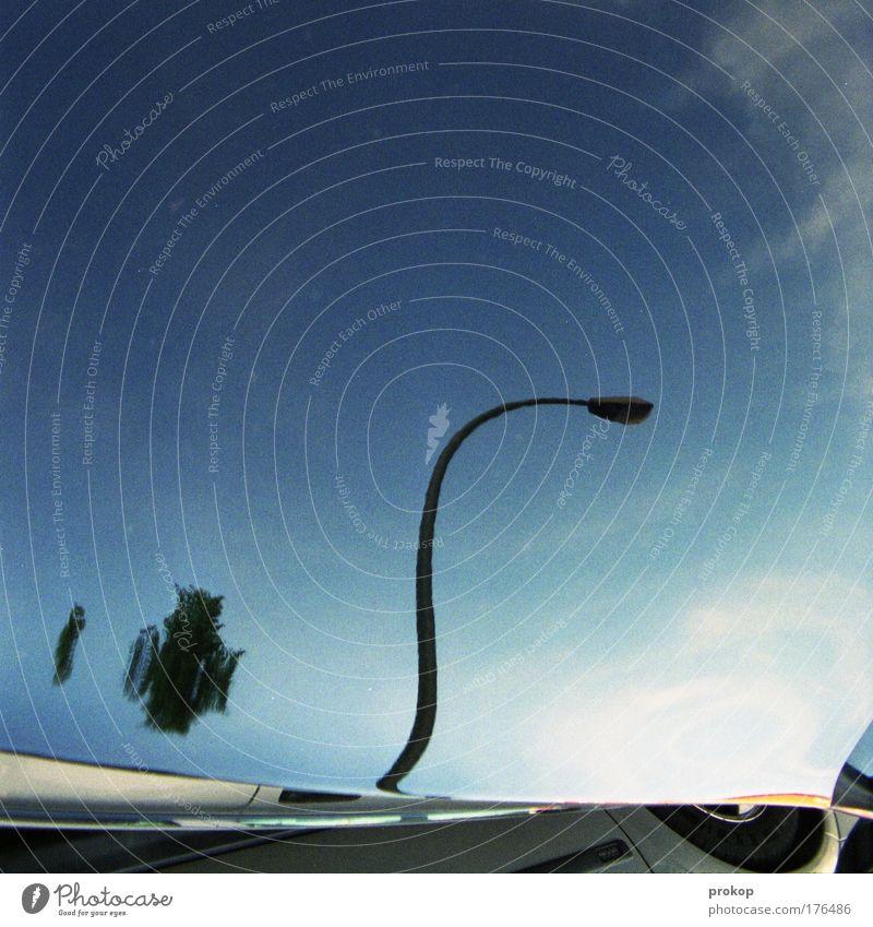 Trick Siebzehn Himmel Straße Lampe PKW Linie Laterne Reifen Schönes Wetter Surrealismus Verzerrung