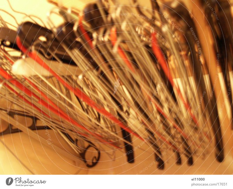 bügel3 grau Kleiderbügel Gitter Kleiderschrank Häusliches Leben orange Netz Strukturen & Formen