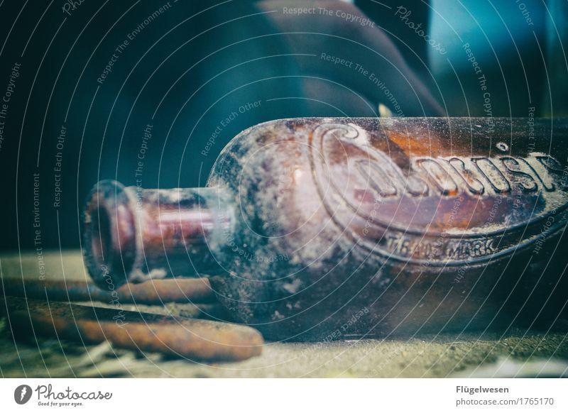 Flasche leer (eins) Einsamkeit USA kaputt Seil trinken Wein Amerika Bier Unbewohnt Rauschmittel Flasche Alkohol Alkoholisiert Sucht Western Holzhaus