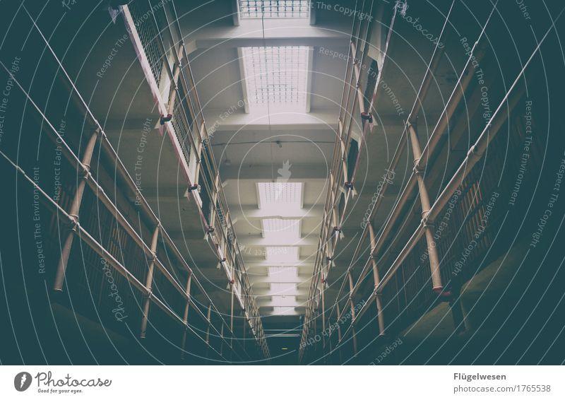 Alcatraz (zwei) Justizvollzugsanstalt sitzen einsitzen Insel gefangen San Francisco Kalifornien USA Amerika Westküste Leuchtturm Gefängniszelle Täter Mörder