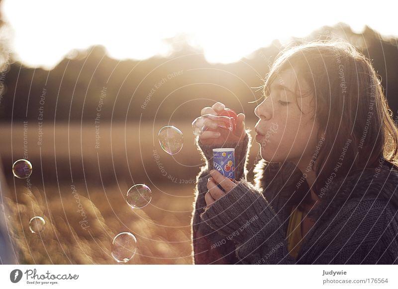 Wünsch dir was Mensch Kind Natur Jugendliche Mädchen schön Sommer Leben Herbst feminin Spielen Glück träumen Landschaft Stimmung