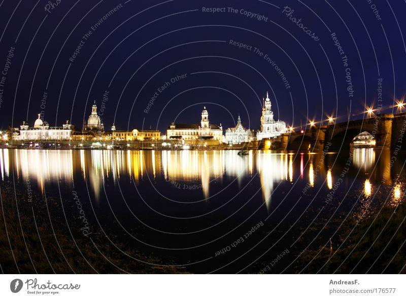 Dresden alt Stadt Nacht groß Brücke Kirche Burg oder Schloss historisch Wahrzeichen Stadtzentrum Hauptstadt Elbe Sachsen Sehenswürdigkeit