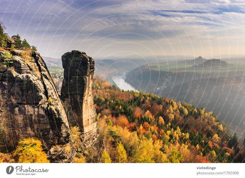 Blick auf den Teufelsturm und das Elbtal Ferien & Urlaub & Reisen Tourismus Berge u. Gebirge wandern Natur Landschaft Horizont Herbst Felsen Stein Stimmung
