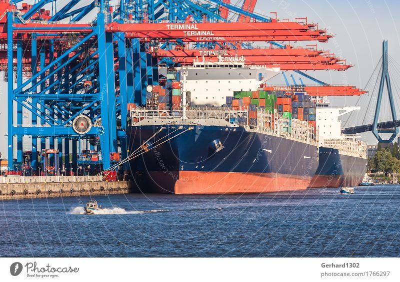 Schiffe im Containerhafen Hamburg Business Tourismus Verkehr Brücke Hamburg Güterverkehr & Logistik Hafen Skyline Sehenswürdigkeit Schifffahrt Verkehrswege Container Hafenstadt Elbe Verkehrsmittel Globalisierung