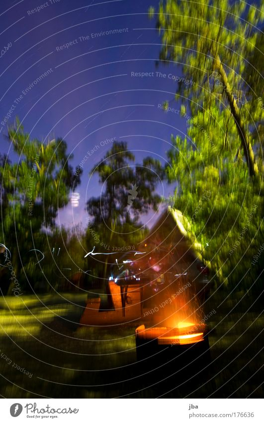 ausklingen lassen II Himmel Ferien & Urlaub & Reisen Baum Umwelt Ausflug Feuer Camping Nacht Feuerstelle Feuerschein