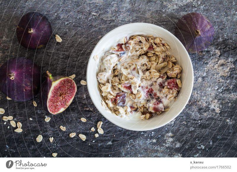 Haferflocken Frühstück Lebensmittel Joghurt Milcherzeugnisse Frucht Getreide Ernährung Bioprodukte Vegetarische Ernährung Diät genießen einfach Gesundheit grau