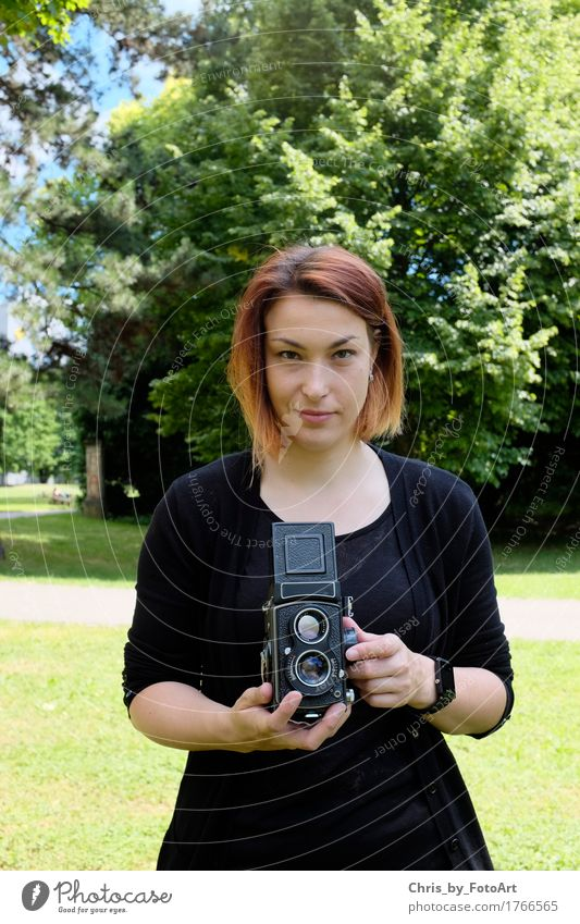 chris_by_fotoart Fotografie Fotografieren Fotokamera Junge Frau Jugendliche Erwachsene 1 Mensch 18-30 Jahre Kunst Filmindustrie Video Landkreis Esslingen Park