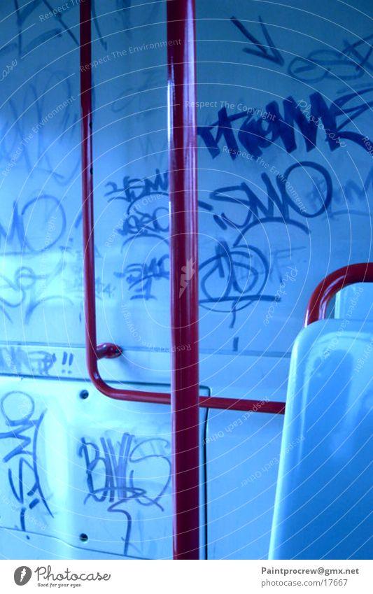 Bus als Kunstplatz? Graffiti Verkehr Mailand