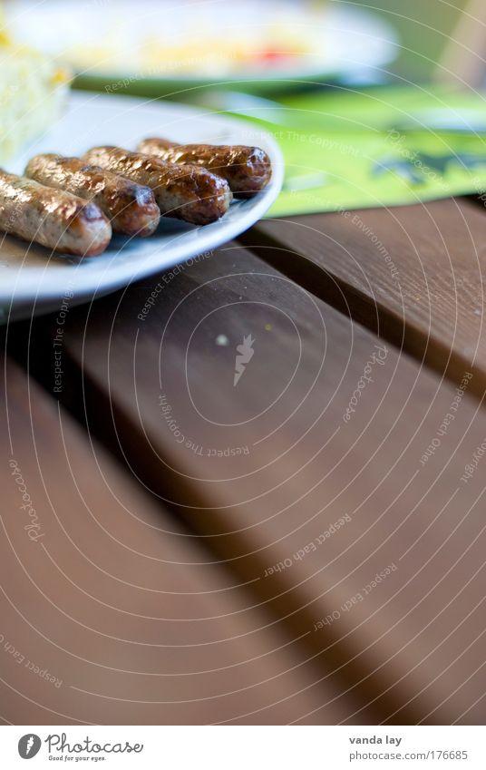 Grillsaison Sommer Ernährung Lebensmittel Lifestyle Gastronomie heiß Restaurant Geschirr Appetit & Hunger Balkon Grillen genießen Fleisch Wurstwaren Brunch