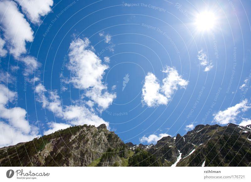 Sonne und Himmel Natur Sommer Freude Wolken Berge u. Gebirge Freiheit Glück Wärme Landschaft Erfolg Felsen Erde Alpen Gipfel