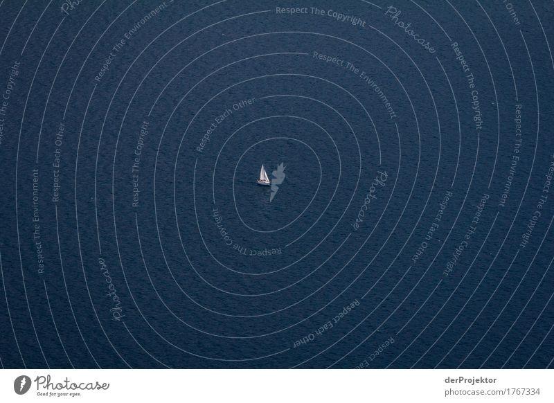 Segelboot auf dem Gardasee Ferien & Urlaub & Reisen Tourismus Ausflug Abenteuer Ferne Freiheit Sommerurlaub wandern Umwelt Landschaft Schifffahrt Jacht