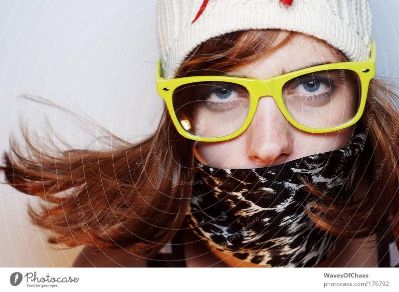 Deutschland deine Teenies Jugendliche Freude feminin Bewegung Glück Mode Erwachsene außergewöhnlich trashig Blick trendy 18-30 Jahre