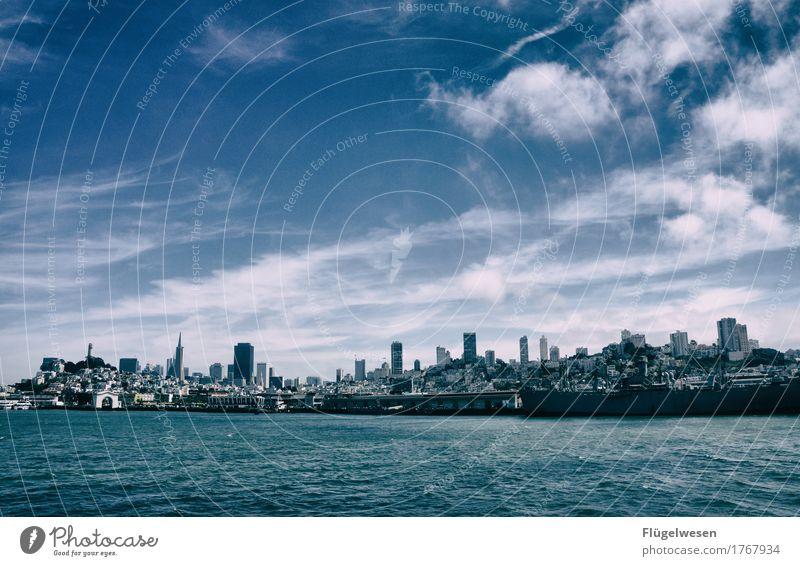 San Francisco Skyline Ferien & Urlaub & Reisen Wasser Erholung Ferne Freiheit Tourismus Wasserfahrzeug Ausflug USA Abenteuer Amerika entdecken Sehenswürdigkeit