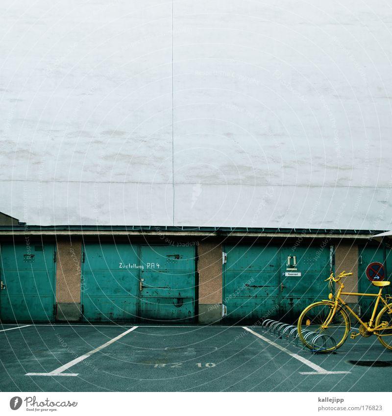postfach grün gelb Straße Wand Architektur Fahrrad Fassade Freizeit & Hobby Verkehr Lifestyle Tor Verkehrswege Post Garage Personenverkehr nachhaltig