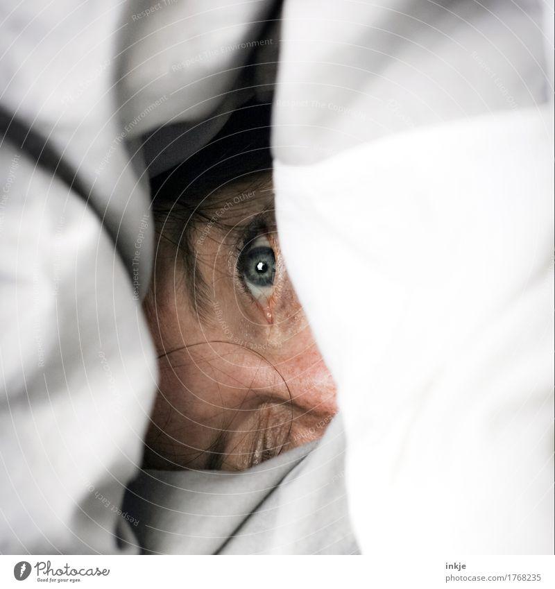 wach, ja. aufstehen, nein Mensch Frau Erholung ruhig Freude Gesicht Erwachsene Auge Wärme Leben Gefühle Lifestyle Häusliches Leben Freizeit & Hobby