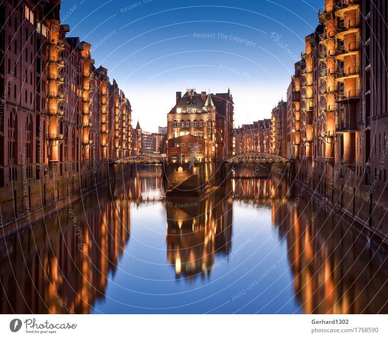 Hamburg Speicherstadt Wasserschlösschen Fleetinsel Ferien & Urlaub & Reisen Stadt Architektur Tourismus Verkehr kaufen Brücke Güterverkehr & Logistik Hafen