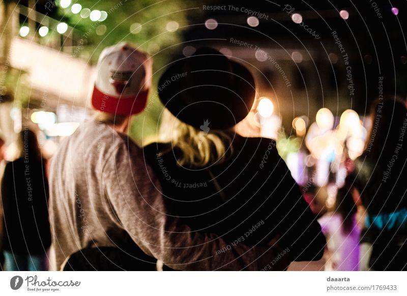 Paar Lifestyle elegant Stil Freude Leben harmonisch Freizeit & Hobby Abenteuer Freiheit Häusliches Leben Entertainment Veranstaltung ausgehen Feste & Feiern Hut