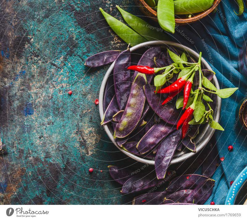 Schüssel mit lila Erbsenschoten Lebensmittel Gemüse Kräuter & Gewürze Ernährung Bioprodukte Vegetarische Ernährung Diät Schalen & Schüsseln Stil Design