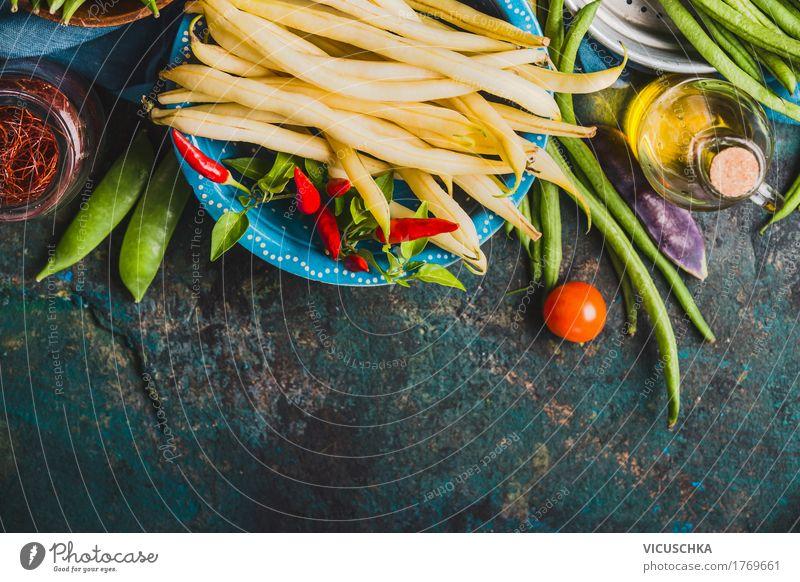 Schüssel mit weißen Bohnenschoten Lebensmittel Gemüse Ernährung Bioprodukte Vegetarische Ernährung Diät Geschirr Stil Design Gesunde Ernährung Tisch Küche