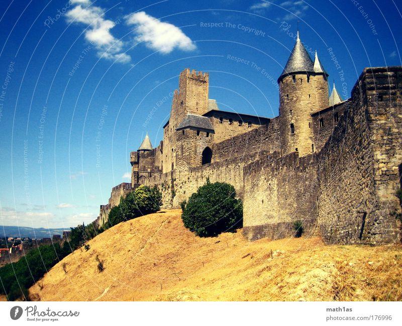 Carcasonne Tag Farbfoto Außenaufnahme Menschenleer Textfreiraum links Textfreiraum oben Textfreiraum unten Totale Altstadt Burg oder Schloss Ruine Bauwerk