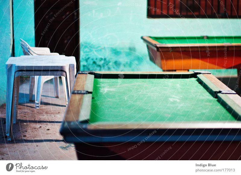 Snooker Farbfoto mehrfarbig Außenaufnahme abstrakt Menschenleer Morgendämmerung Abend Dämmerung Unschärfe Zentralperspektive Spielen Strand Strandbar Sao Luiz