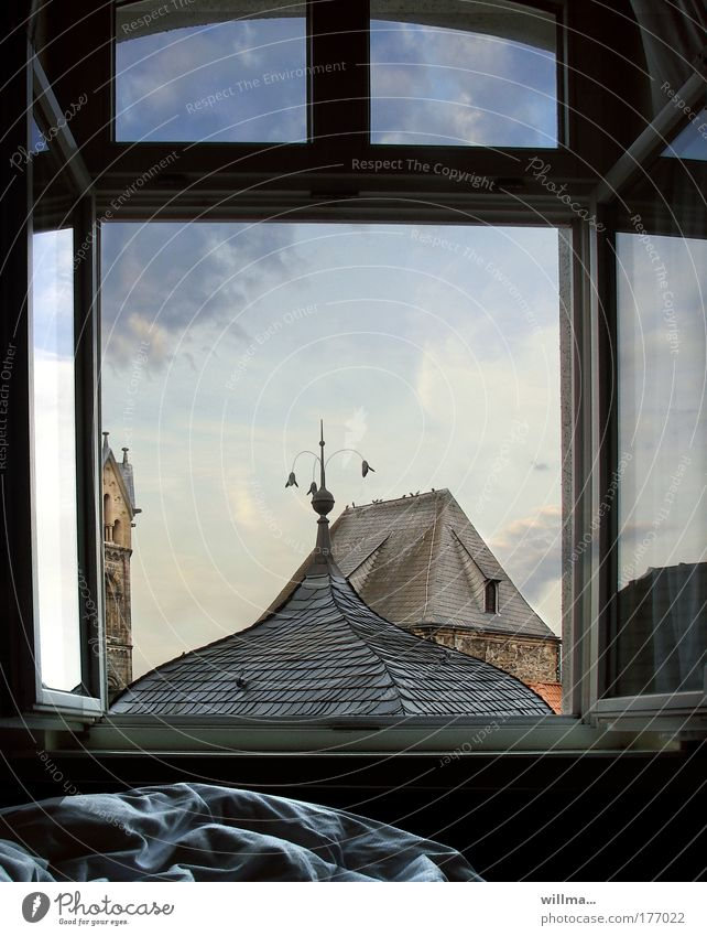 moin! Fenster Gebäude Architektur Bett Dach Turm Thüringen Vorfreude Bettdecke aufwachen Altstadt verschlafen Kleinstadt Eisenach