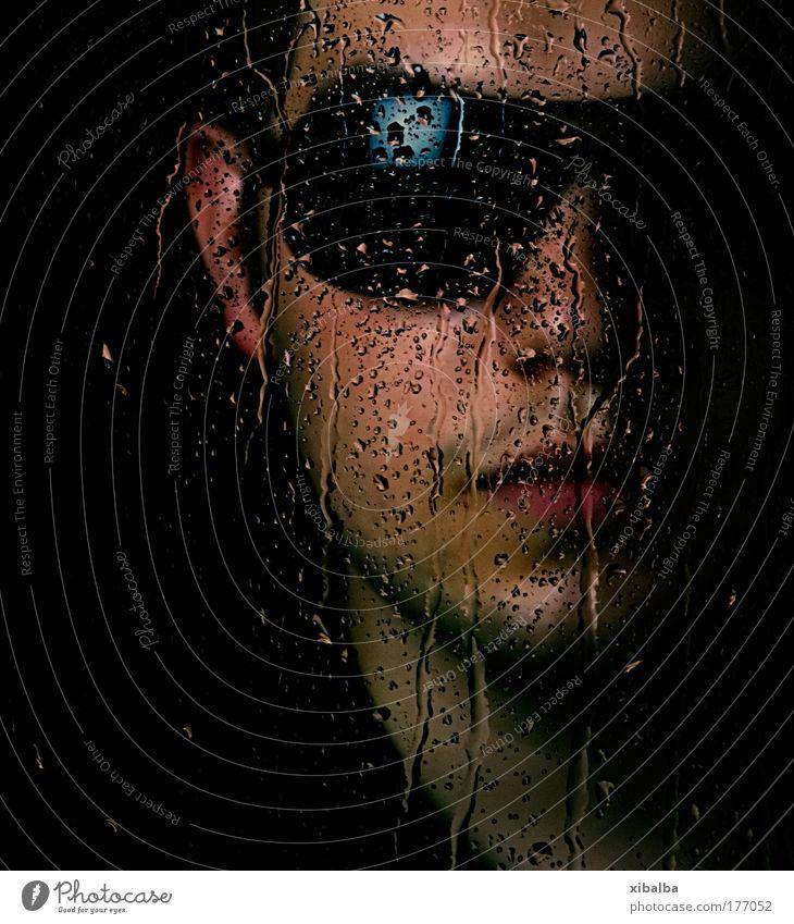 no eyes Mensch Jugendliche Wasser Gesicht ruhig kalt Traurigkeit Regen Erwachsene maskulin Wassertropfen nass Coolness Schutz Reinigen einzigartig