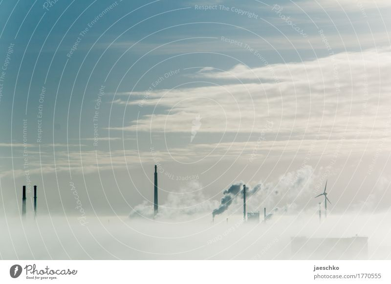 Durchbruch II Fortschritt Zukunft Energiewirtschaft Erneuerbare Energie Energiekrise Umwelt Himmel Wolken Sonnenlicht Klimawandel Wetter Nebel Nebelbank