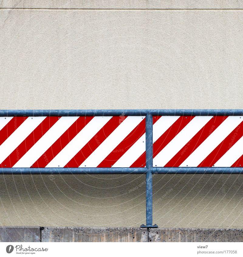 Achtung, Achtung, ... weiß rot Haus Straße Stein Metall Design Schilder & Markierungen Beton Verkehr Fassade Geschwindigkeit modern Ordnung neu Kommunizieren