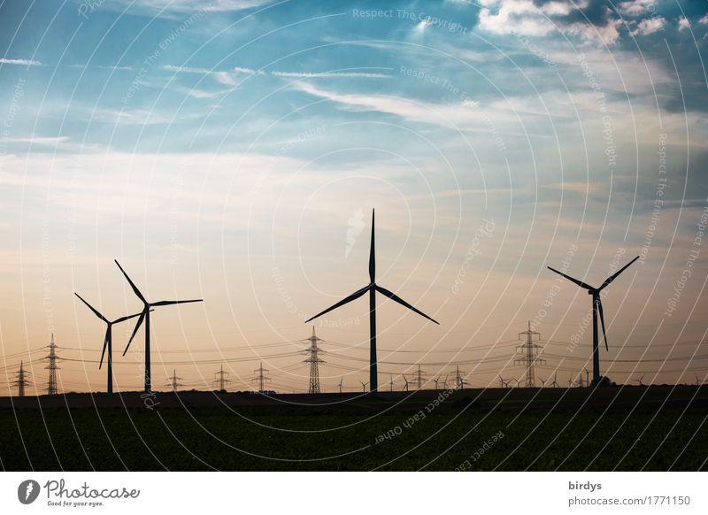 Energiewege Energiewirtschaft Erneuerbare Energie Windkraftanlage Himmel Wolken Schönes Wetter ästhetisch authentisch nachhaltig blau orange schwarz Erfolg