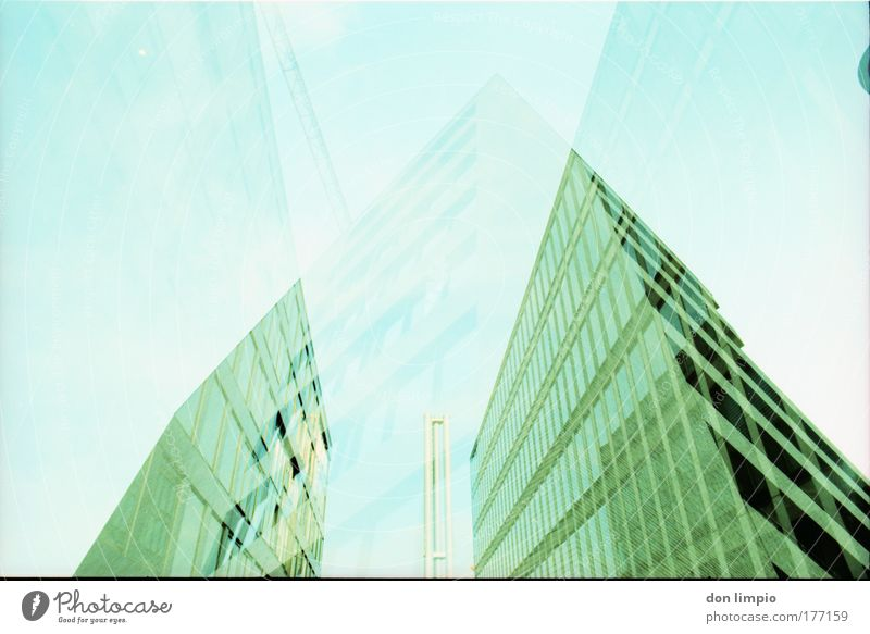 bauvorhaben grün Haus - ein lizenzfreies Stock Foto von Photocase