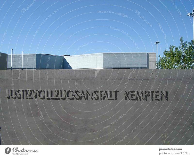 Gefängnis-Pforte Dinge Tor Justizvollzugsanstalt Allgäu