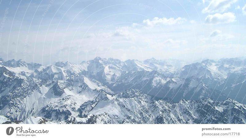Ponorama über die Alpen Berge u. Gebirge beobachten gehen wandern groß Bergblick Panorama (Bildformat) Allgäu Natur Landschaft Farbfoto Außenaufnahme