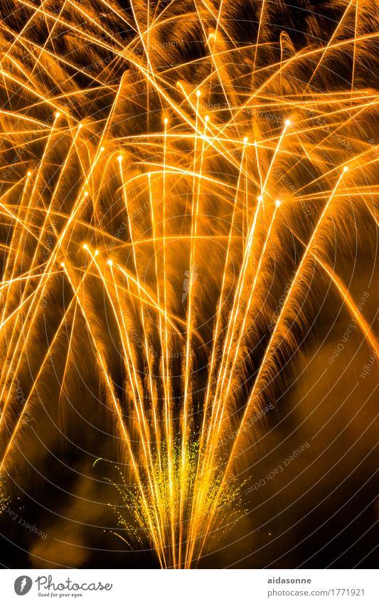 feuerwerk Nachtleben Entertainment Party Veranstaltung Musik Feste & Feiern Silvester u. Neujahr Jahrmarkt Hochzeit Kunst Freude Begeisterung Farbfoto