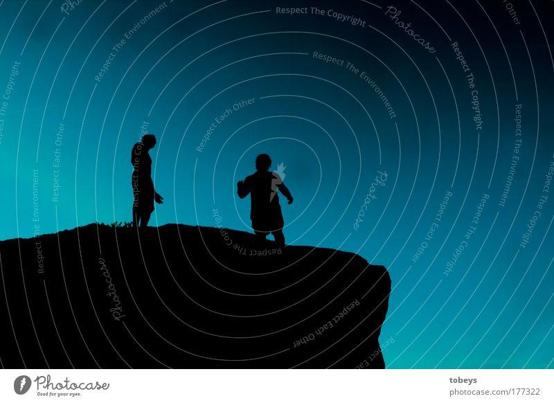 Gipfelstürmer Mensch Himmel blau Ferien & Urlaub & Reisen ruhig Erholung dunkel Berge u. Gebirge kalt Freiheit Glück Felsen wandern Ausflug Abenteuer Macht