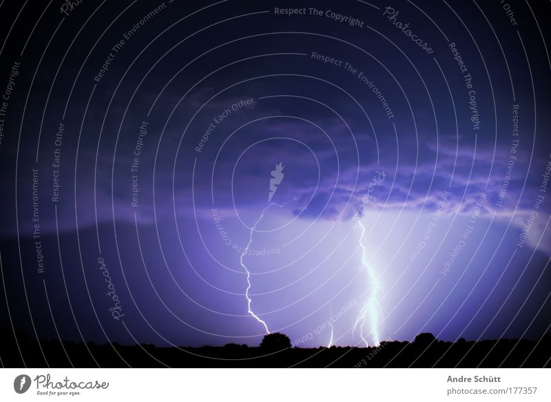 2012 Himmel Natur weiß blau Baum schwarz Erholung Umwelt Feld Kraft Horizont Energie bedrohlich Urelemente Schutz Sturm