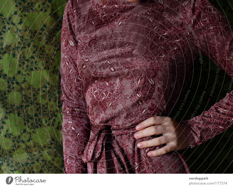 Frau Hand schön grün rot Farbe feminin Stil Mode elegant Bekleidung retro Kleid Brust Tapete