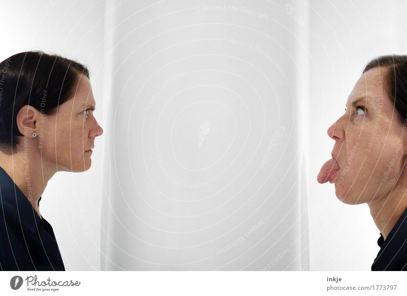 bäh! Mensch Frau Gesicht Erwachsene Leben Gefühle feminin Paar Stimmung Zusammensein Freundschaft Freizeit & Hobby Kommunizieren Wut Konflikt & Streit dumm